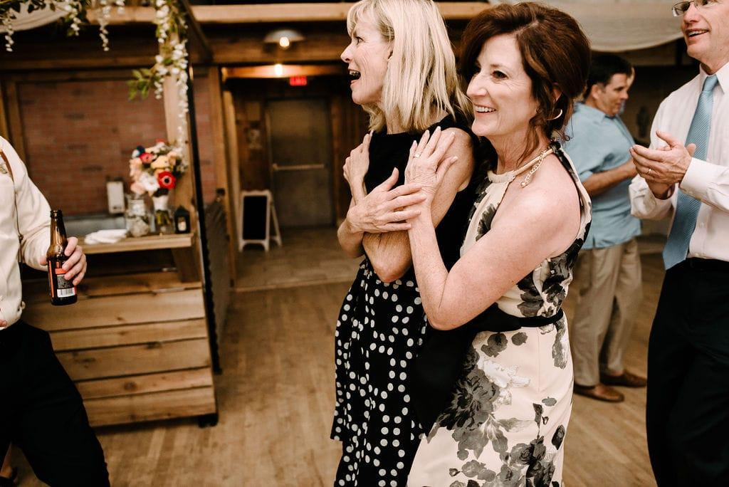 best friends at wedding