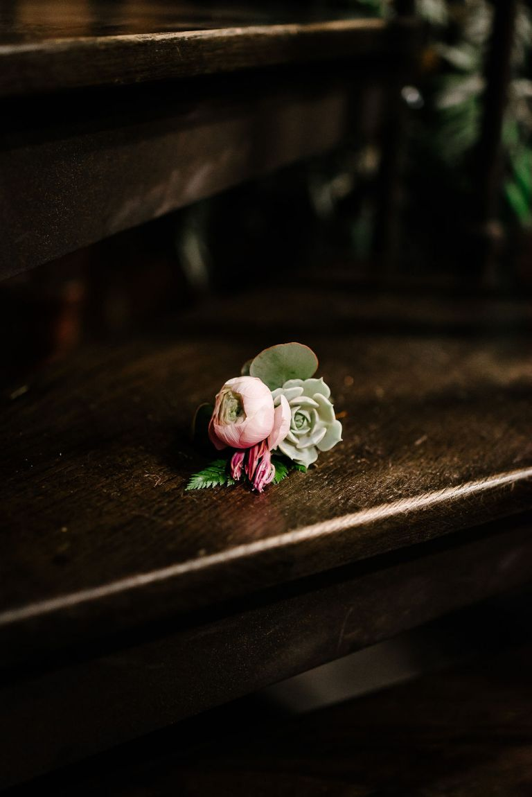 soft pink and green boutonniere