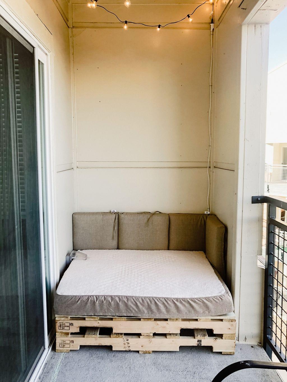 Very Plain Pallet Patio Furniture