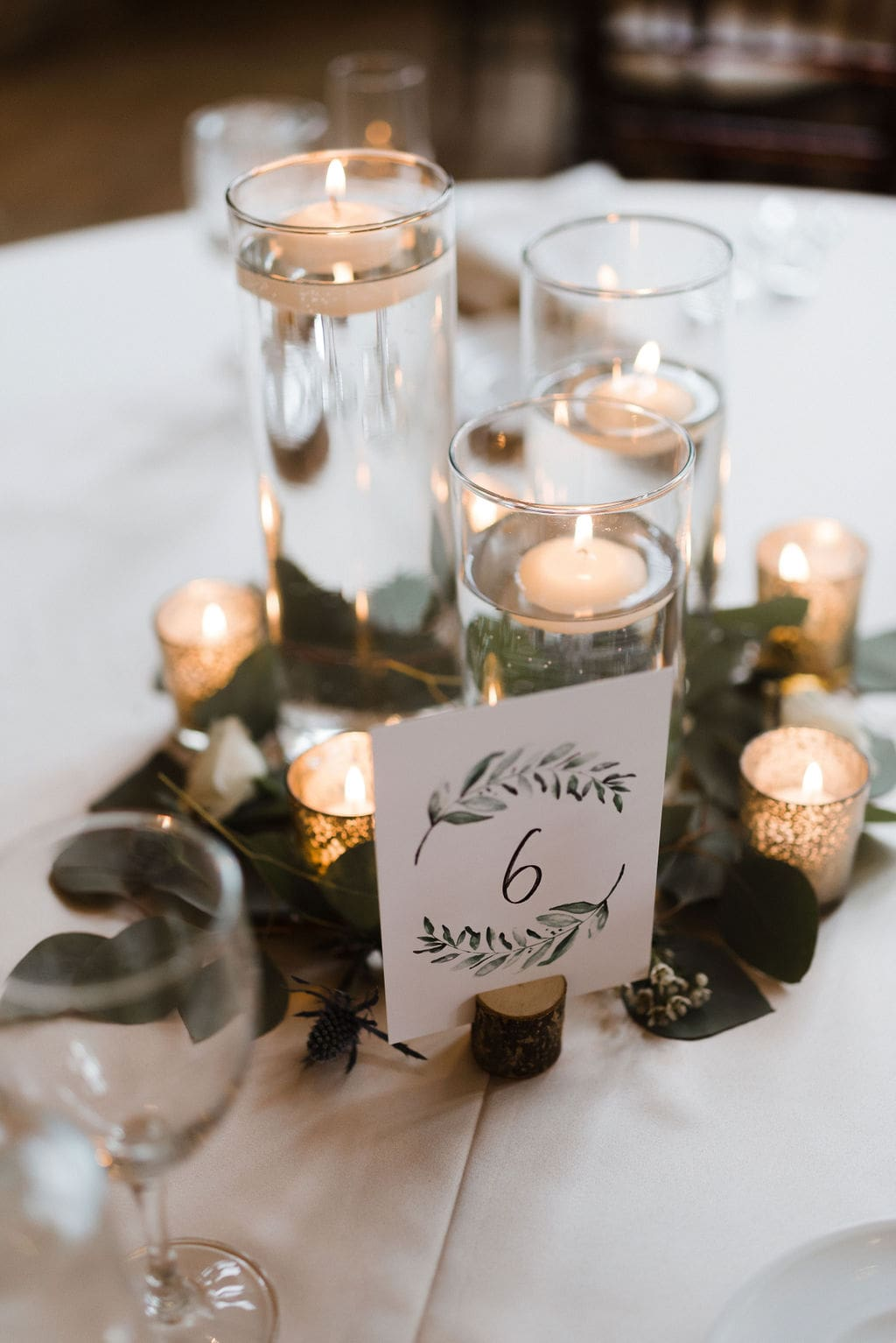 Romantic Della Terra Reception Table Centerpiece