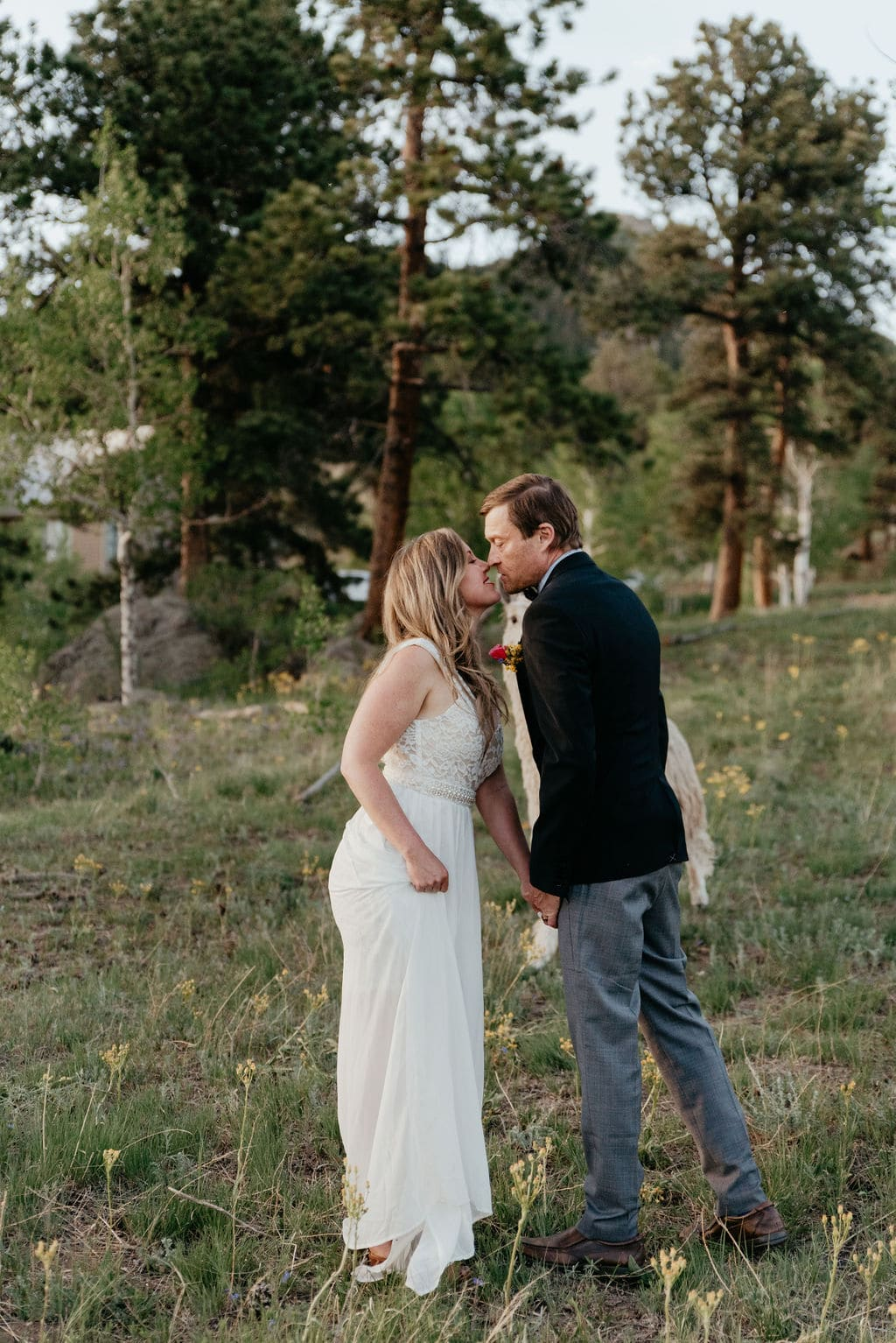 Outdoor Woodsy Colorado Elopement Locations