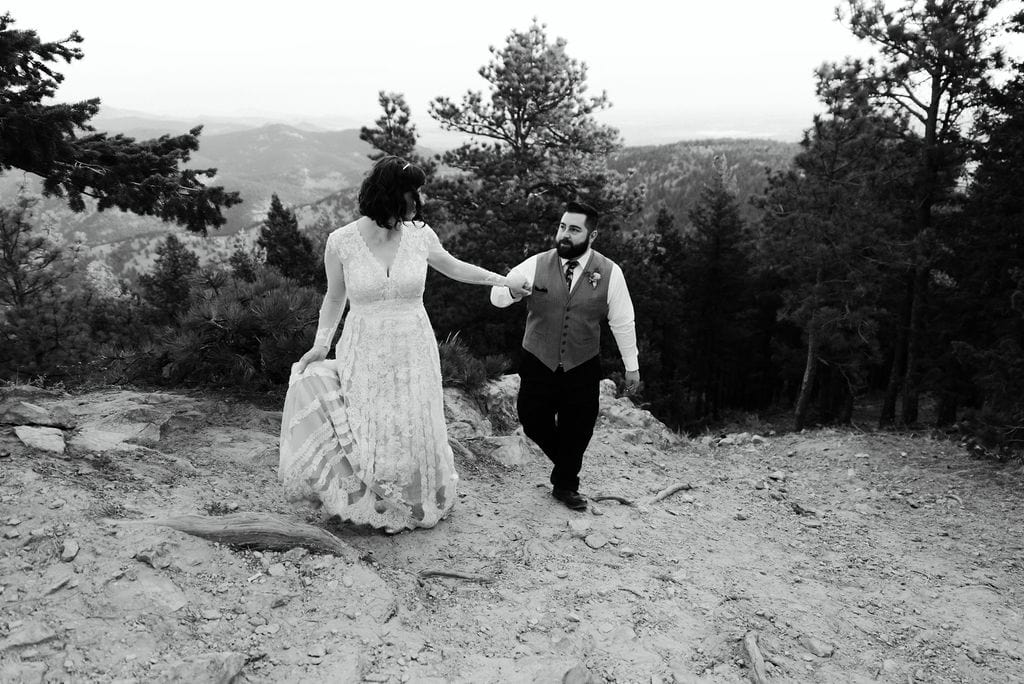 Romantic Wedding Photos at Lost Gulch Overlook
