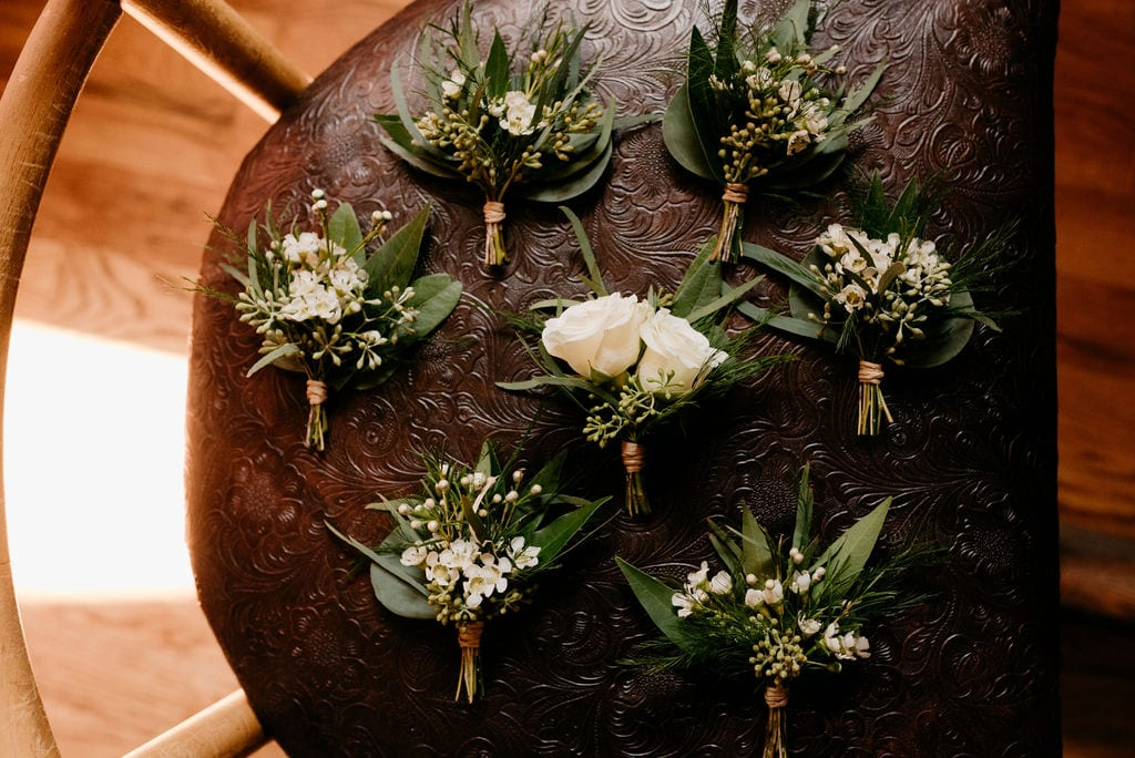 Amore Fiori Wedding boutonnieres