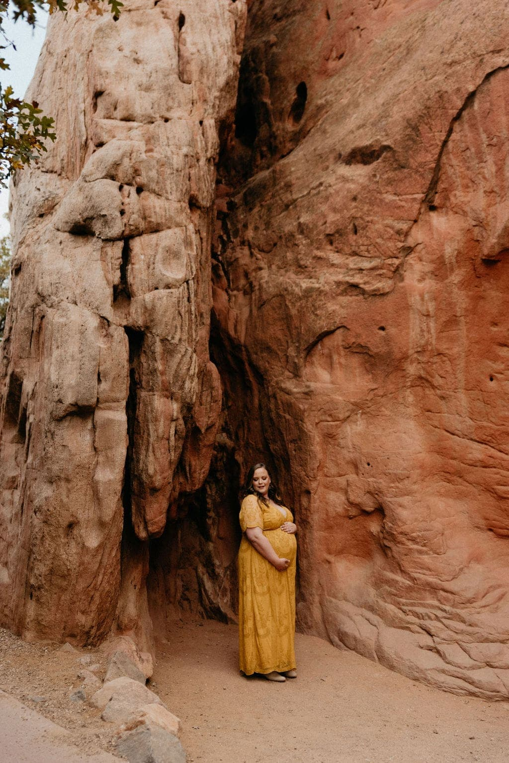 Garden of the gods maternity portraits