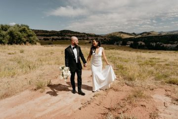 Sunny Manor House Wedding in Colorado